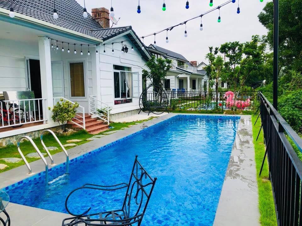 Bể bơi căn biệt thự Beverly Hill Hòa bình